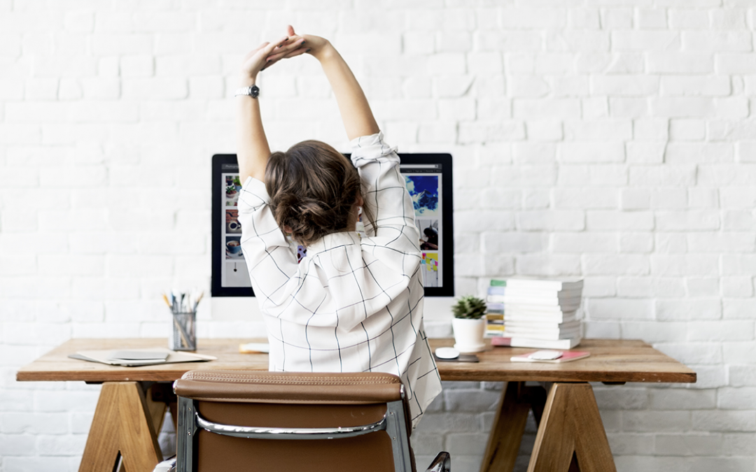 Desk stretches we should all be doing