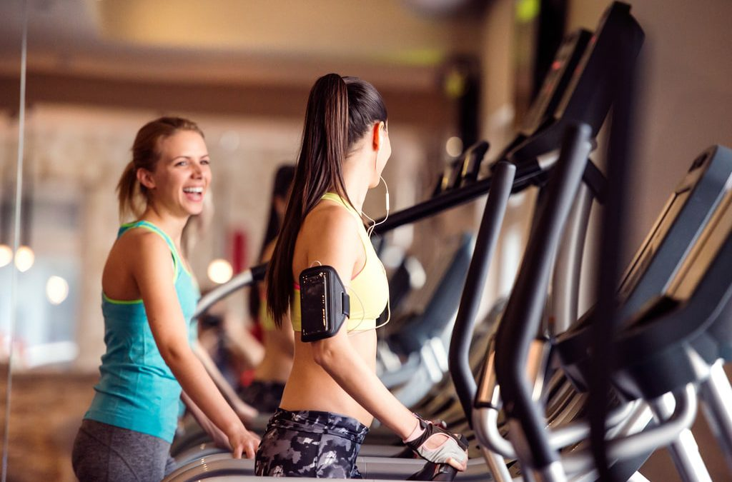 8 different ways you can workout with a partner